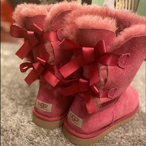 Pink UGG boots with bows on the back🎀🎀